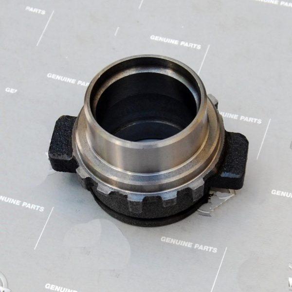 Datsun 240z 260z Clutch Throw-Out Bearing Sleeve 18mm, 72-74 *NOS*