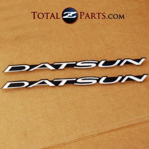 Datsun 240z Fender Emblems Pair 1970-73 *NOS*
