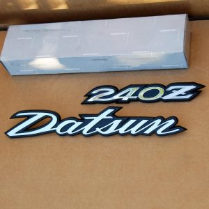 Datsun 240z Hatch/Deck Lid Emblems Set, 1970-1973 *NOS* RARE