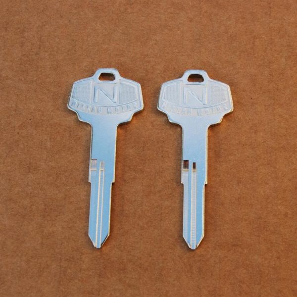 Datsun 240Z 260Z 280Z 280ZX Ignition Key Blanks, Left Groove *NOS*