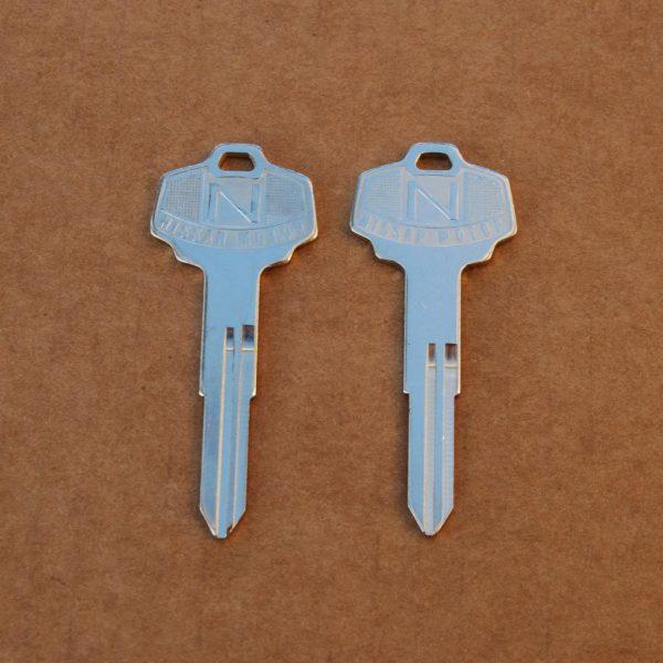 Datsun 240z 260z 280z 280zx Ignition Key Blanks, Right Groove *NOS*