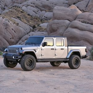 "Fabtech® 3"" Lift Sport Suspension Kit, Jeep Gladiator"