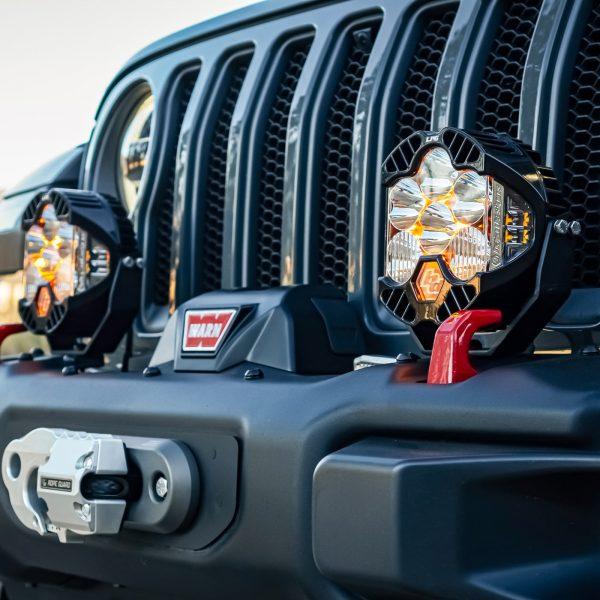 Baja Designs® LP6 Pro LED Light Kit Jeep JL/JT Rubicon Bumper (Toggle Switch)